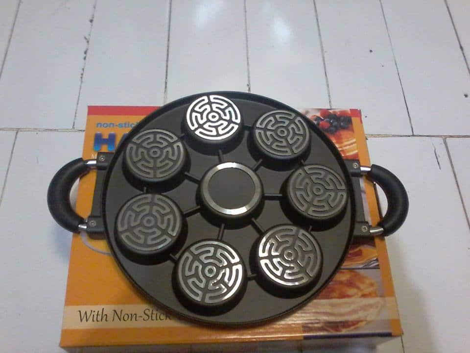 Cetakan Kue Lumpur Sorga/ Martabak Mini/ Dorayaki 7 Lubang (26530384). Source